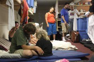 Homeless-kids-in-shelter
